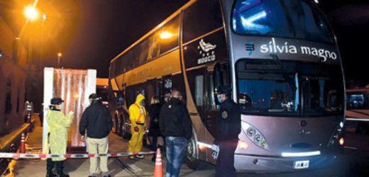 Omnibus con repatriados sin control / VIOLADORA DE LA CUARENTENA